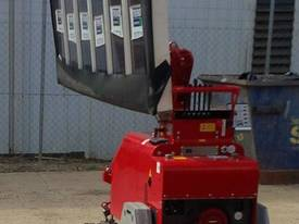 Winlet 475 T Tracked Glass Vacuum Lifter -  $270 pw* - picture14' - Click to enlarge
