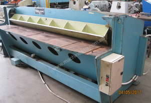 Chalmers & Corner 2450mm x 3mm Hydraulic Guillotin