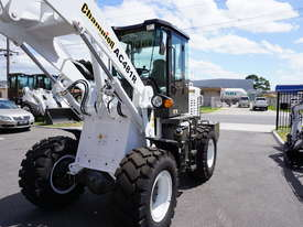 4.6T WHEEL LOADER - picture10' - Click to enlarge