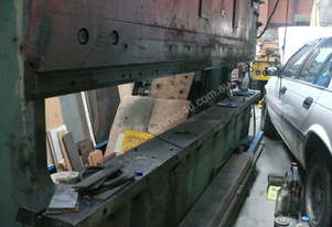 Press Brake-60 ton Mechanical-Pan Brake Folder