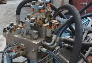 Large  Hydraulic Valve Manifold and directi