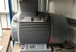 55 kw 75 hp 2 pole 400 v Siemens AC Electric Motor