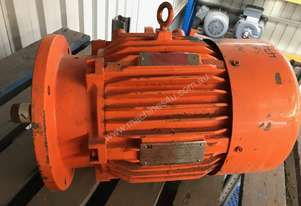 5.5kw 4 pole 1440rpm 415v Toshiba Electric Motor
