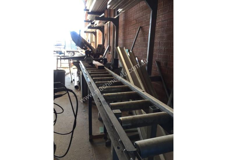 Horizontal Band Saw with rollers