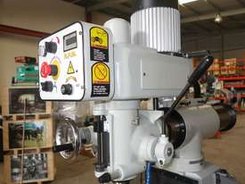 NT30 Variable Speed Milling Machine  - picture9' - Click to enlarge