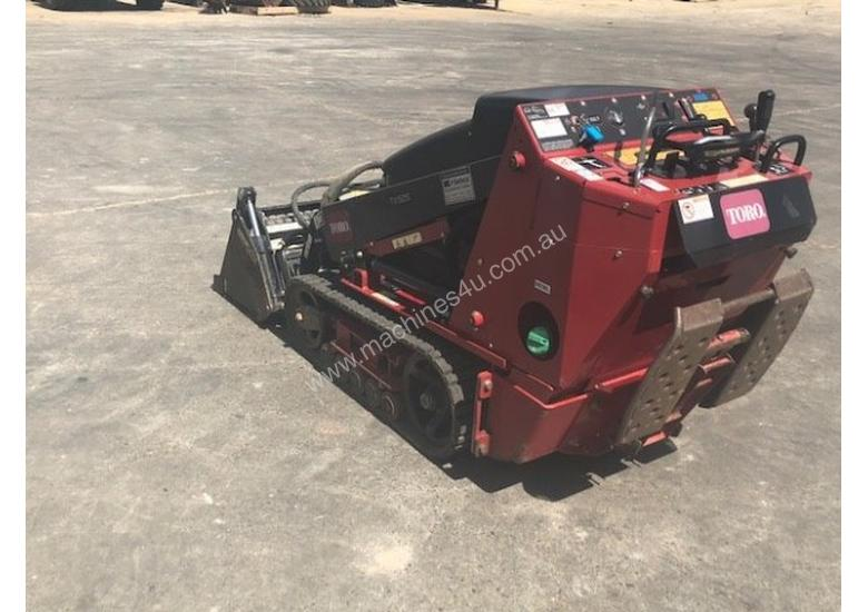 Toro TX525 Dingo Skid Steer Loader