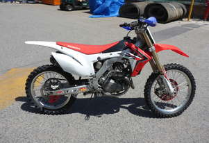 2014 Honda CRF450R Competition Off Road Motorcycle AUCTION