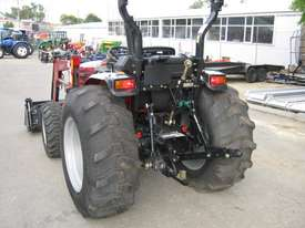 Case IH Farmall 50 B FWA/4WD Tractor - picture6' - Click to enlarge