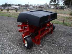 Toro HC4000 Aerator Tillage Equip - picture2' - Click to enlarge