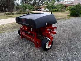 Toro HC4000 Aerator Tillage Equip - picture3' - Click to enlarge