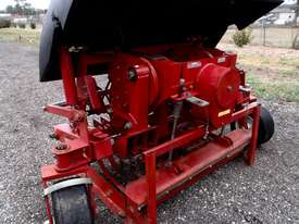 Toro HC4000 Aerator Tillage Equip - picture6' - Click to enlarge