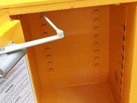 Flammable Goods Cabinet - picture2' - Click to enlarge