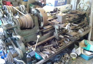 COLCHESTER Metal Lathe - 4 foot bed, 12 inch 4 jaw chuck, belt drive, pre-WWII