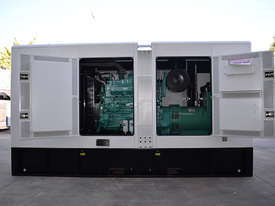 400KVA Generator (412KVA Standby 375KVA Primepower)  - picture6' - Click to enlarge