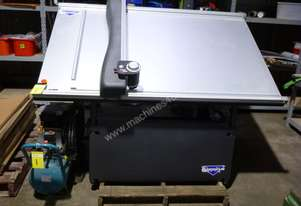 2013 Wizard Switchblade CMC Model 9000 Computerised Mat Cutter - In Auction