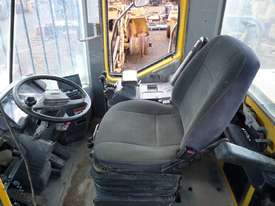 2006 Kawasaki 80ZV Wheel Loader *CONDITIONS APPLY* - picture9' - Click to enlarge