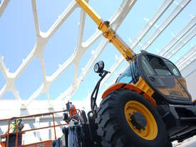 Dieci Icarus 40.17 - 4T / 16.6 Reach  Telehandler - HIRE NOW! - picture6' - Click to enlarge