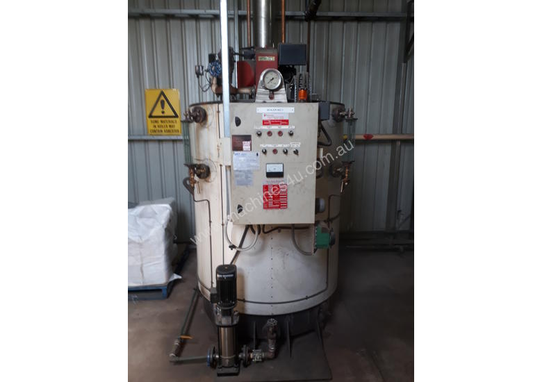 Boiler, 500Kw, Gas Fired good condition.