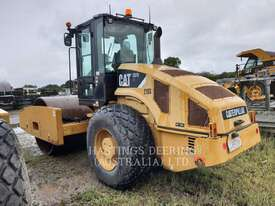 CATERPILLAR CS76 Vibratory Single Drum Smooth - picture4' - Click to enlarge