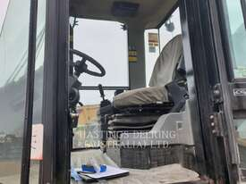 CATERPILLAR CS76 Vibratory Single Drum Smooth - picture7' - Click to enlarge