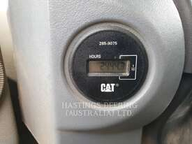 CATERPILLAR CS76 Vibratory Single Drum Smooth - picture8' - Click to enlarge