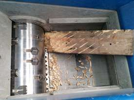 Wood Shredder, Single Shaft up to 1400mm Wide - picture3' - Click to enlarge