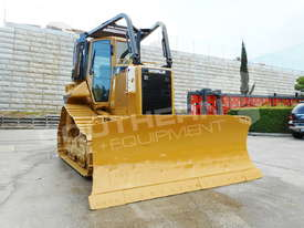 D5N XL Bulldozer with screens & sweeps DOZCATM - picture5' - Click to enlarge