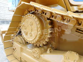 D5N XL Bulldozer with screens & sweeps DOZCATM - picture11' - Click to enlarge