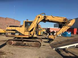 Cat 311 Excavator - picture3' - Click to enlarge