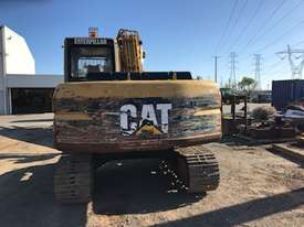 Cat 311 Excavator - picture5' - Click to enlarge