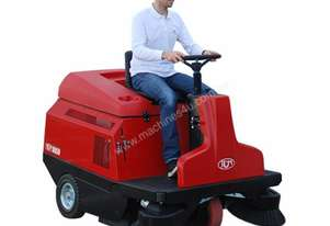 Rcm   R850 Rider Sweeper