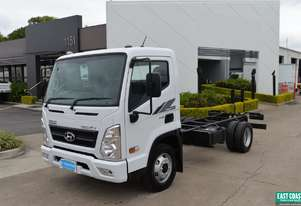 2019 Hyundai MIGHTY EX6  Cab Chassis