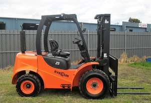 Rough Terrain Forklift - New Everun Australia RT25