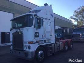 2008 Kenworth K108 - picture2' - Click to enlarge