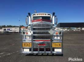 2012 Kenworth C509 - picture2' - Click to enlarge