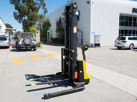 Liftsmart LS10 - Battery Electric Walkie Reach Stacker - picture0' - Click to enlarge