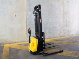 Liftsmart LS10 - Battery Electric Walkie Reach Stacker - picture2' - Click to enlarge