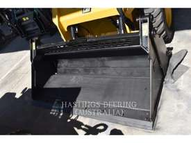 CATERPILLAR 236DLRC Skid Steer Loaders - picture1' - Click to enlarge