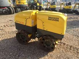 Wacker Neuson RT Remote Trench Roller - picture0' - Click to enlarge