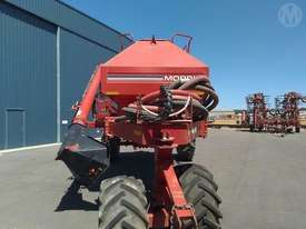 Morris 8336 Air Cart - picture0' - Click to enlarge