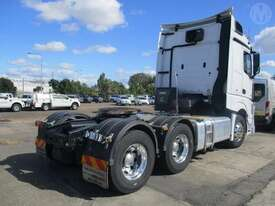 Mercedes-Benz Actros - picture2' - Click to enlarge