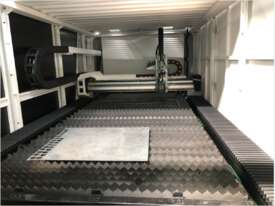 3kW  twin table  enclosed laser cutting system  - picture2' - Click to enlarge