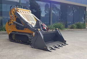 Commando AM232PT Mini Skid Steer Loader