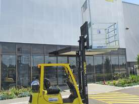 Forklift Safety Cage Hire - picture0' - Click to enlarge