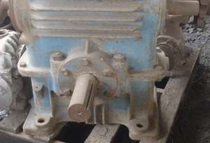 Borgwarner Worm Overdriven Gearbox