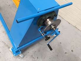 Manual Overhung Decoiler 1250 mm x 1Ton - picture2' - Click to enlarge