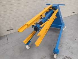 Manual Overhung Decoiler 1250 mm x 1Ton - picture4' - Click to enlarge