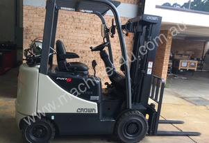 CROWN CG18 COUNTERBALANCE LPG FORKLIFT