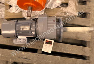 SEW MOTOR AND GEAR BOX 3 PHASE 1.5KW 1430RPM