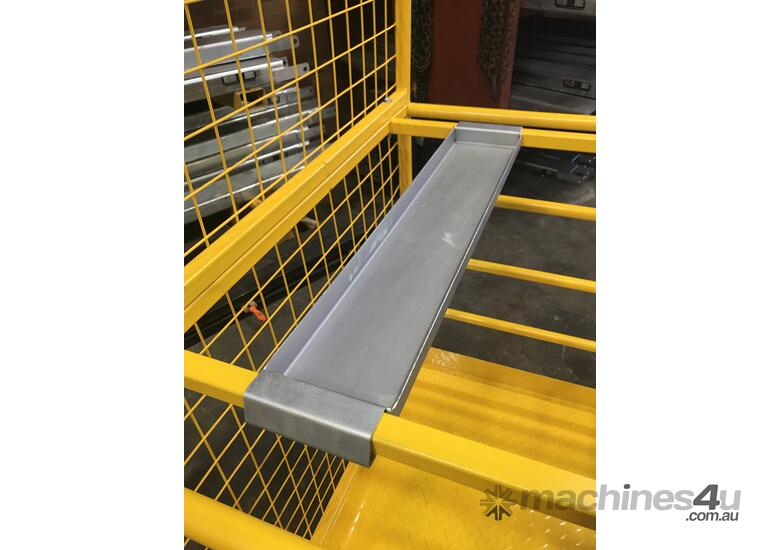 Safety Cage Work Platform Flatpack W/H Tool Tray